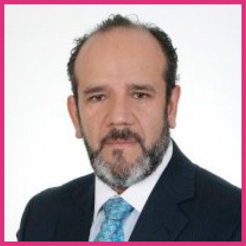 Dr. Eric Santamaría Linares