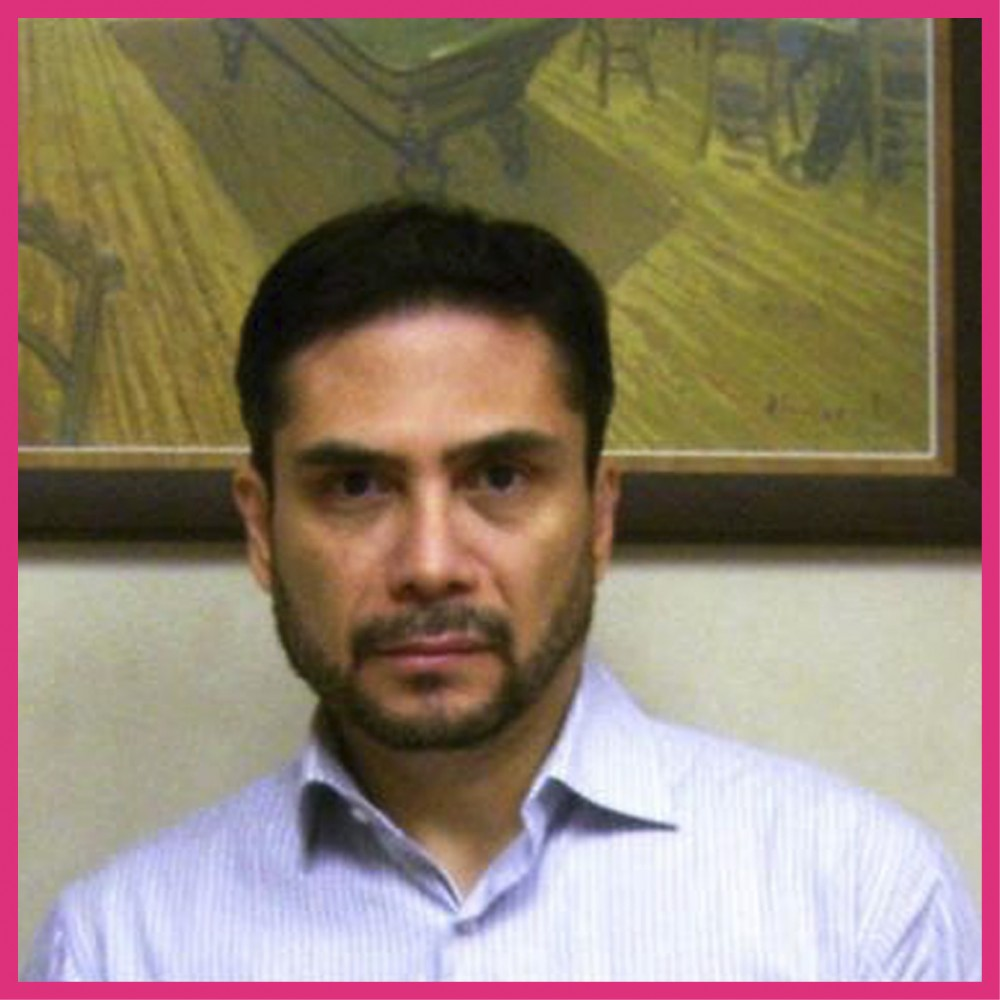 Dr. Yanko Castro Govea
